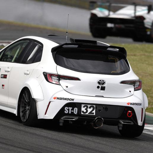 Corolla GR Sport mit Wasserstoff betrieben beim 24-Stunden-Rennen Fuji