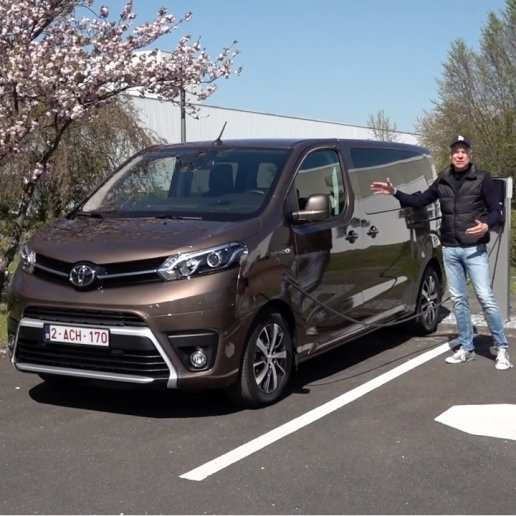 World in Motion Toyota Proace Verso Electric